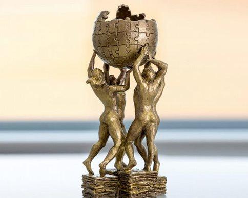 В Польше установили памятник Википедии